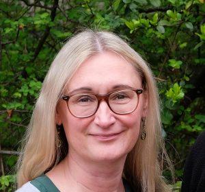 Foto der Fachbereichsleiterin Frau Georgion Frau Georgi