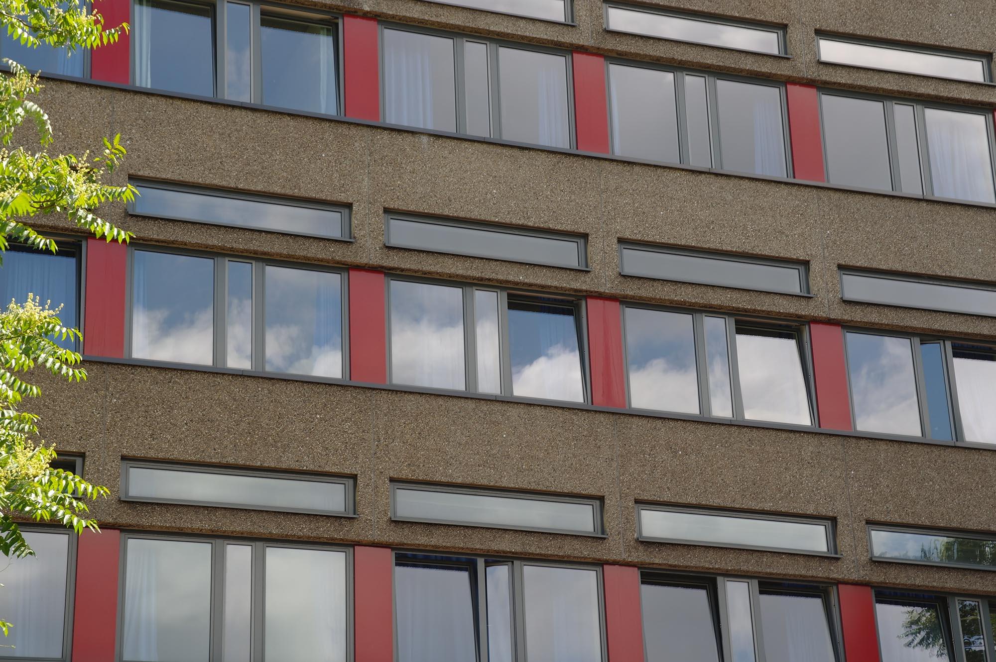 Fotoansicht des Gebäudehochbaus